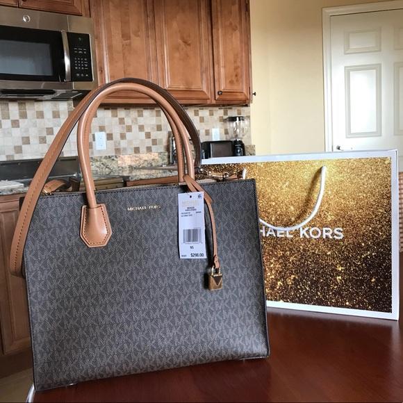 ada415aa7cb9 Michael Kors Bags | 298 Mercer Purse Mk Designer Handbag | Poshmark